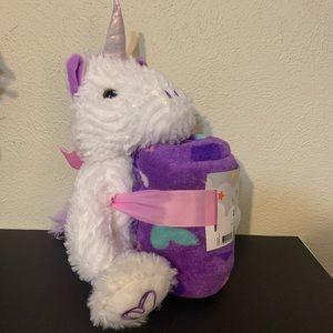 Unicorn and throw (free)